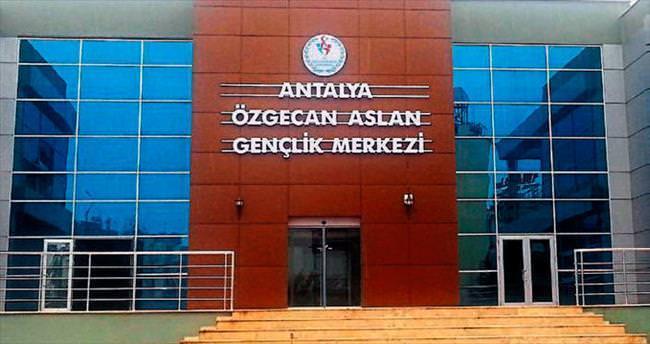 Özgecan Antalya'da yaşayacak