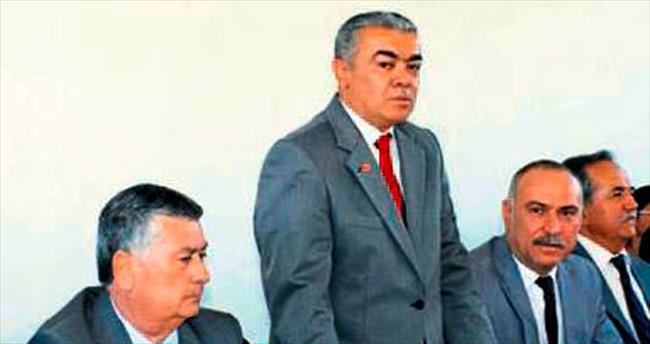CHP'de Çal İlçe Başkanı istifa etti