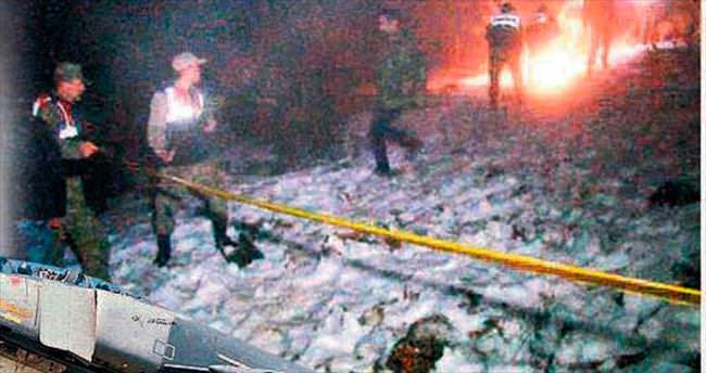 Fantomlar çarpıştı: 4 pilot şehit