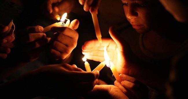 İsrail elektrikleri yine kesti