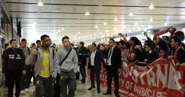 Liverpool İstanbul'a geldi
