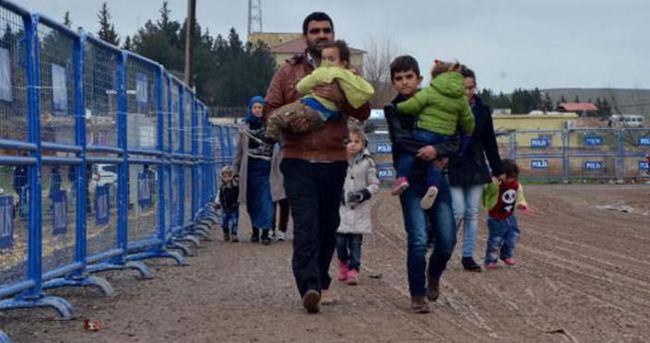 Suriyeliler Kobani'ye dönüyor