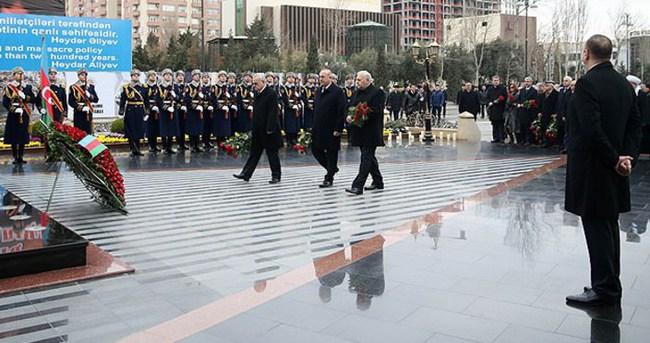 Hocalı Katliamı Bakü'de resmi törenle anıldı