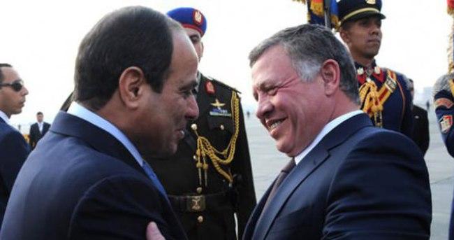 Kral Abdullah Sisi ile görüştü