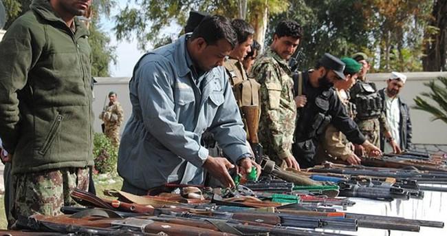 Afgani hükümeti Taliban'la görüşüyor