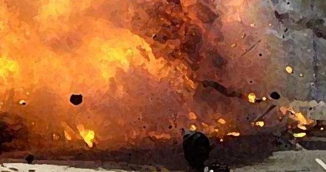 Sınırda bomba yüklü araç patladı: 2 ölü, 8 yaralı