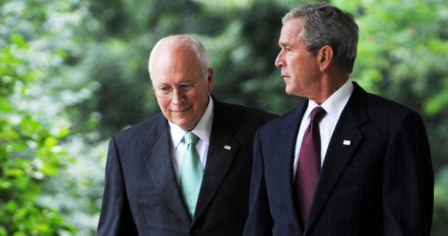 Bush ve Cheney'e Venezuela'ya giriş yasağı