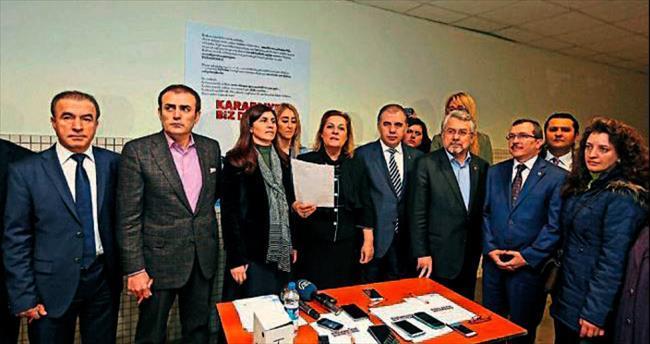 Kampanya metnini İzmir'de imzaladılar