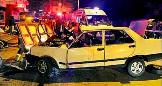 Karabağlar'da kaza: Üç kişi yaralandı