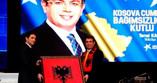 Kosova'nın 7. kuruluş yıldönümü coşkuyla kutlandı