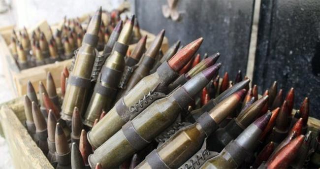 Hakkari'de çok sayıda silah ve mühimmat bulundu