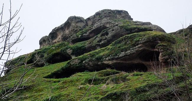 İnsanlık tarihinin başladığı mağaralara ziyaretçi akını