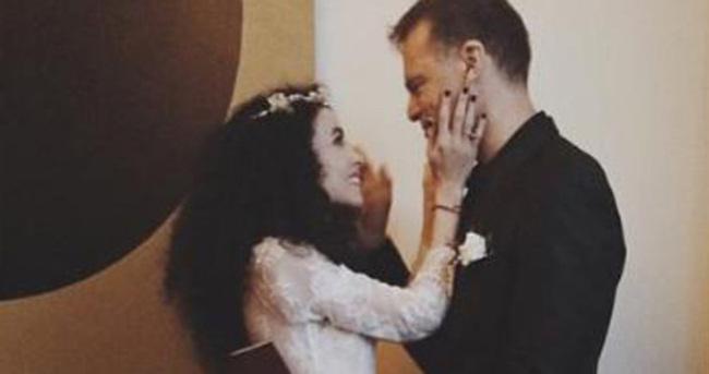 Serdar Önal ile Beste Bereket çifti evlendi