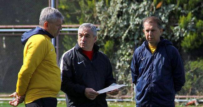 5 futbolcu Fenerbahçe maçında yok