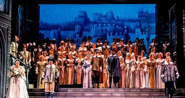 Osmanlı'dan sonra ilk defa sahnede