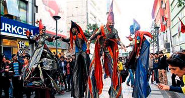 İzmir'de 'Kukla Günleri' başlıyor