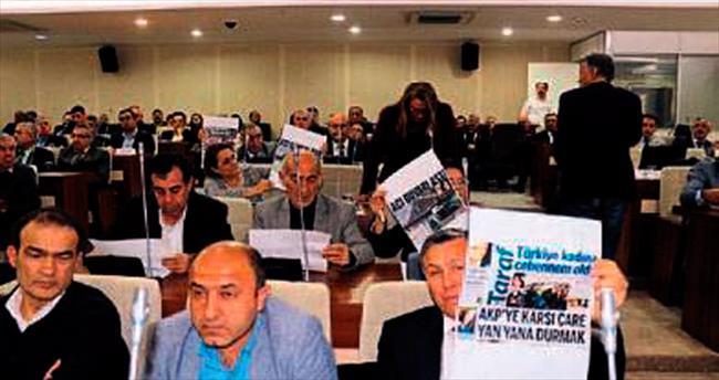 Selvitopu CHP'li üyeleri uyardı
