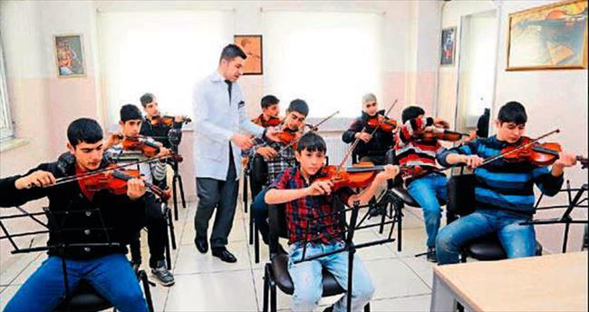Müzik eğitimi alan gençlerin hayatı değişti