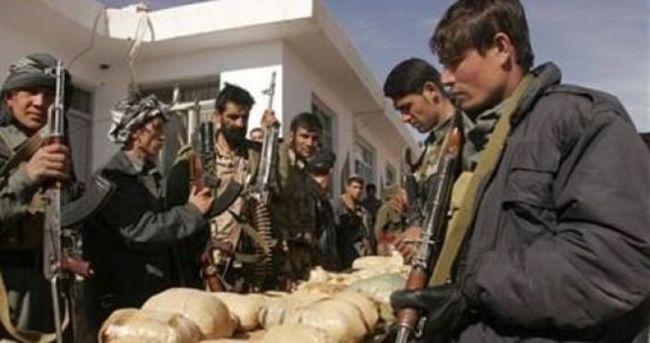 İran'da 8 uyuşturucu kaçakçısı öldürüldü