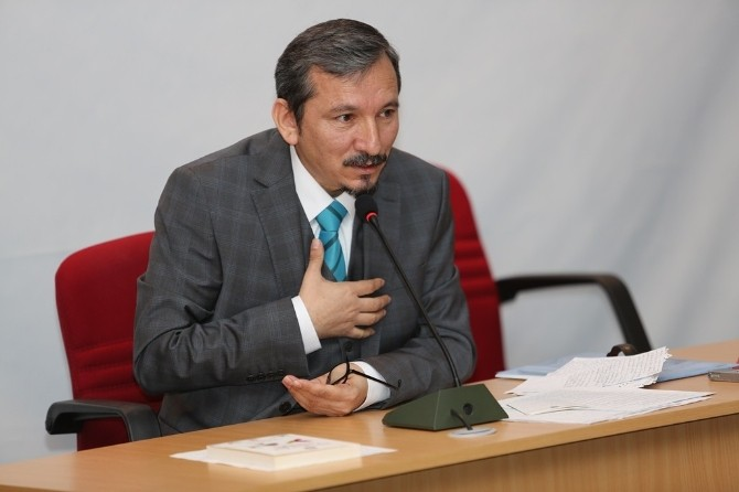 Bayburt Üniversitesinde Mesnevi'nin Pedagojik Boyutu Ele Alındı