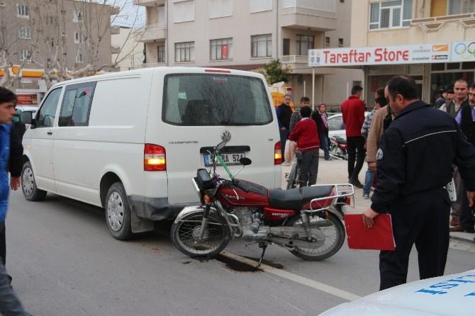 Mut'ta Trafik Kazası: 1 Yaralı