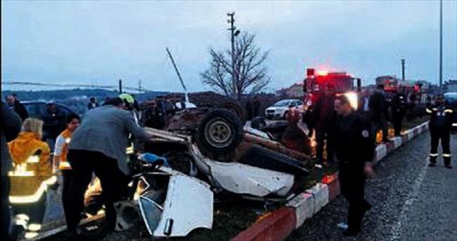 Denizli'de feci kaza: 2 ölü 5 yaralı
