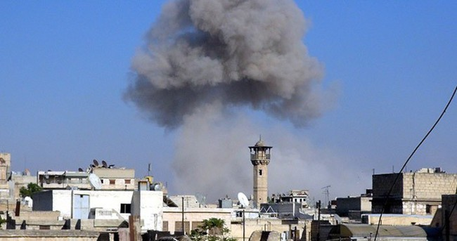 Suriye'de Rejim binası havaya uçuruldu