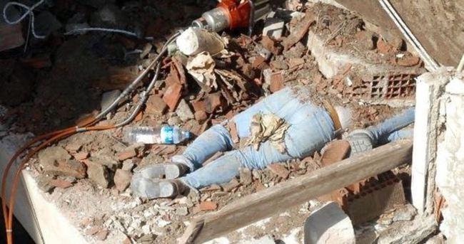 Didim'de yıkım sırasında göçük