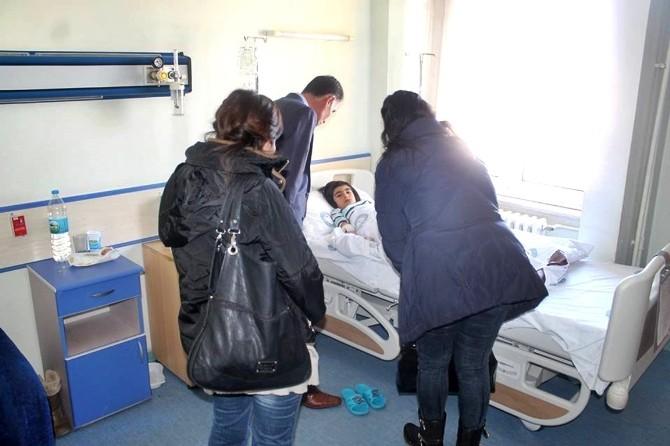 Emirdağ Belediyesi Çalışanları Hastaları Ziyaret Etti
