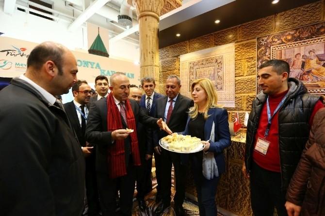 Dışişleri Bakanı Çavuşoğlu, Gaziantep Standına Özel İlgi Gösterdi