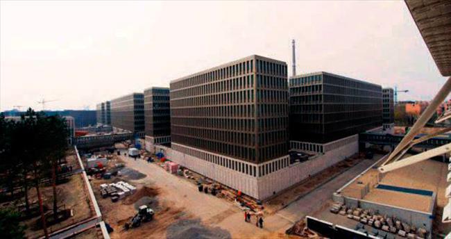 Alman istihbarat merkezini su bastı