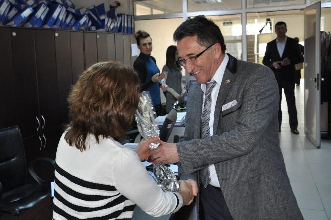 Başkan Kamil Saka, Personelin Kadınlar Gününü Kutladı