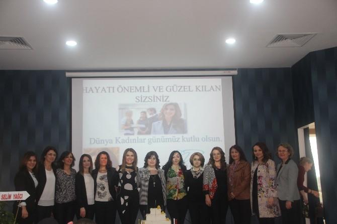 """Bilecik Kadın Girişimciler Kurulu'ndan """"8 Mart Dünya Kadınlar Günü"""" Semineri"""