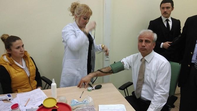 AK Parti Kırıkkale Teşkilatı Kan Bağışında Bulundu