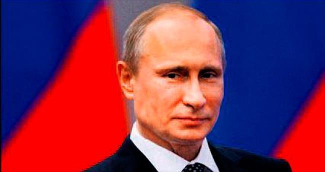 Başkan Putin maaşını düşürdü
