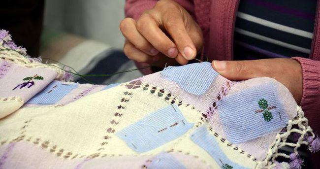 Kadınlar asırlık ipek dokumacılığını yaşatmaya çalışıyor