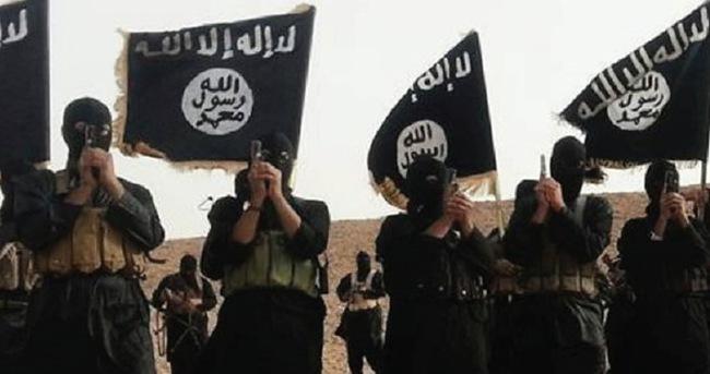 IŞİD tarihi Hadar kentine saldırdı