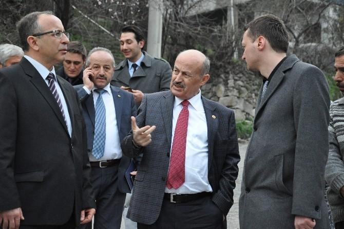 Osman Kahveci Heyelan Bölgesini İnceledi
