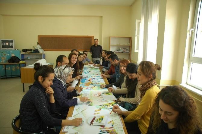 Manavgat'ta Rehber Öğretmenler Sertifikalarını Aldı