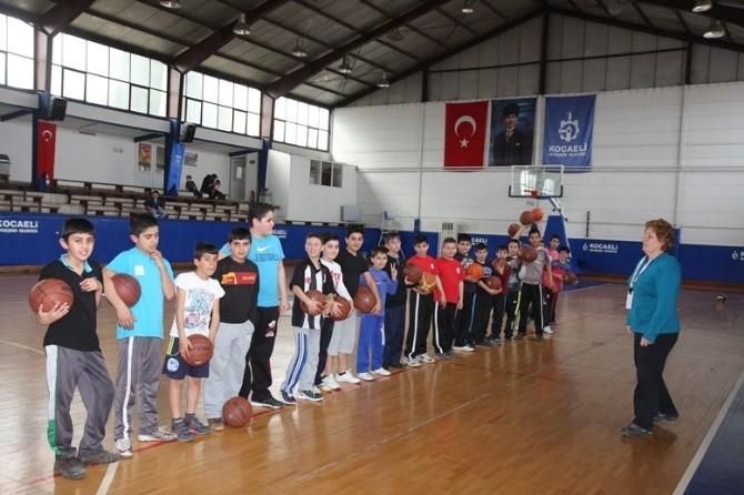 Spor Okullarında Eğitim Devam Ediyor
