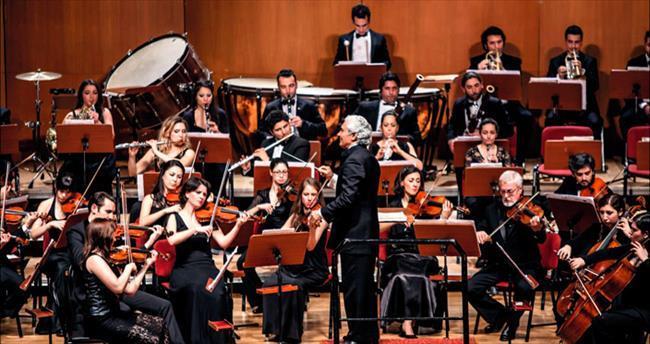 Notalara Türkiye'nin yıldızları basıyor