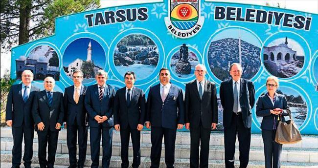 Polonya Büyükelçisi'nden Başkan Can'a ziyaret