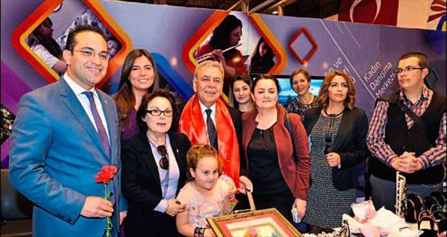 İzmir 6. Kadın Festivali başladı