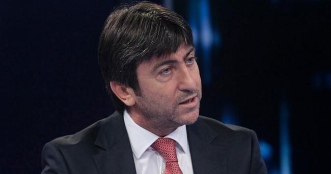 Rıdvan Dilmen: Fenerbahçe sokak kedisi gibi....