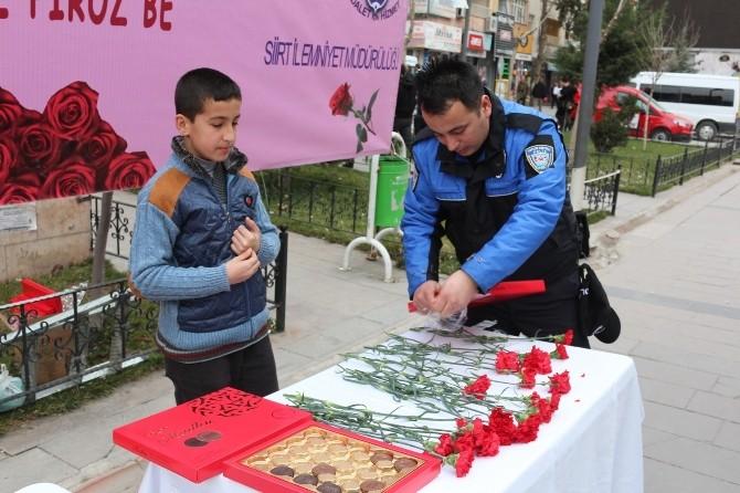 Polisten Kadınlar Gününde Kürtçe Mesaj