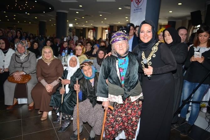 Altıeylül Belediyesi'nden Kadınlar Günü Etkinliği