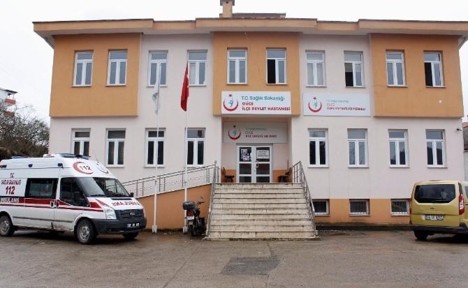 Güce Devlet Hastanesi'nde Yaşanan Doktor Sıkıntısı Vatandaşları Zor Durum Da Bırakıyor