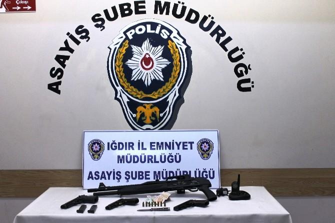 Iğdır'da Fuhuş Ve Göçmen Kaçakçılığı Operasyonunda 12 Gözaltı