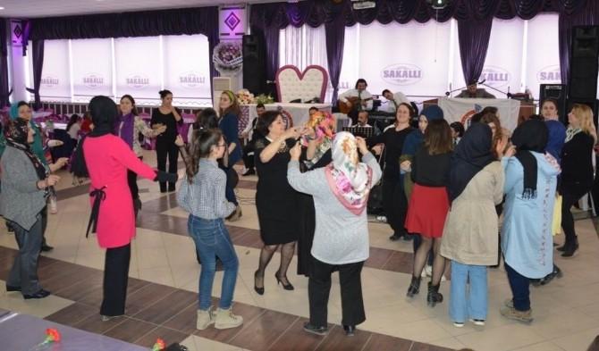 Orhangazili Kadınlar, Bir Araya Geldi