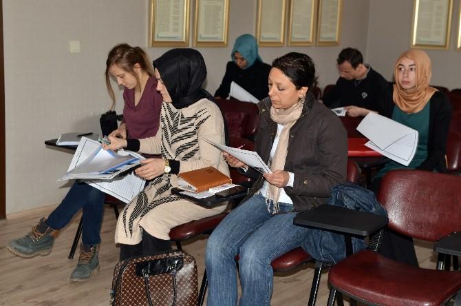 Tded Kocaeli'de Orta Düzey Farsça Kursu